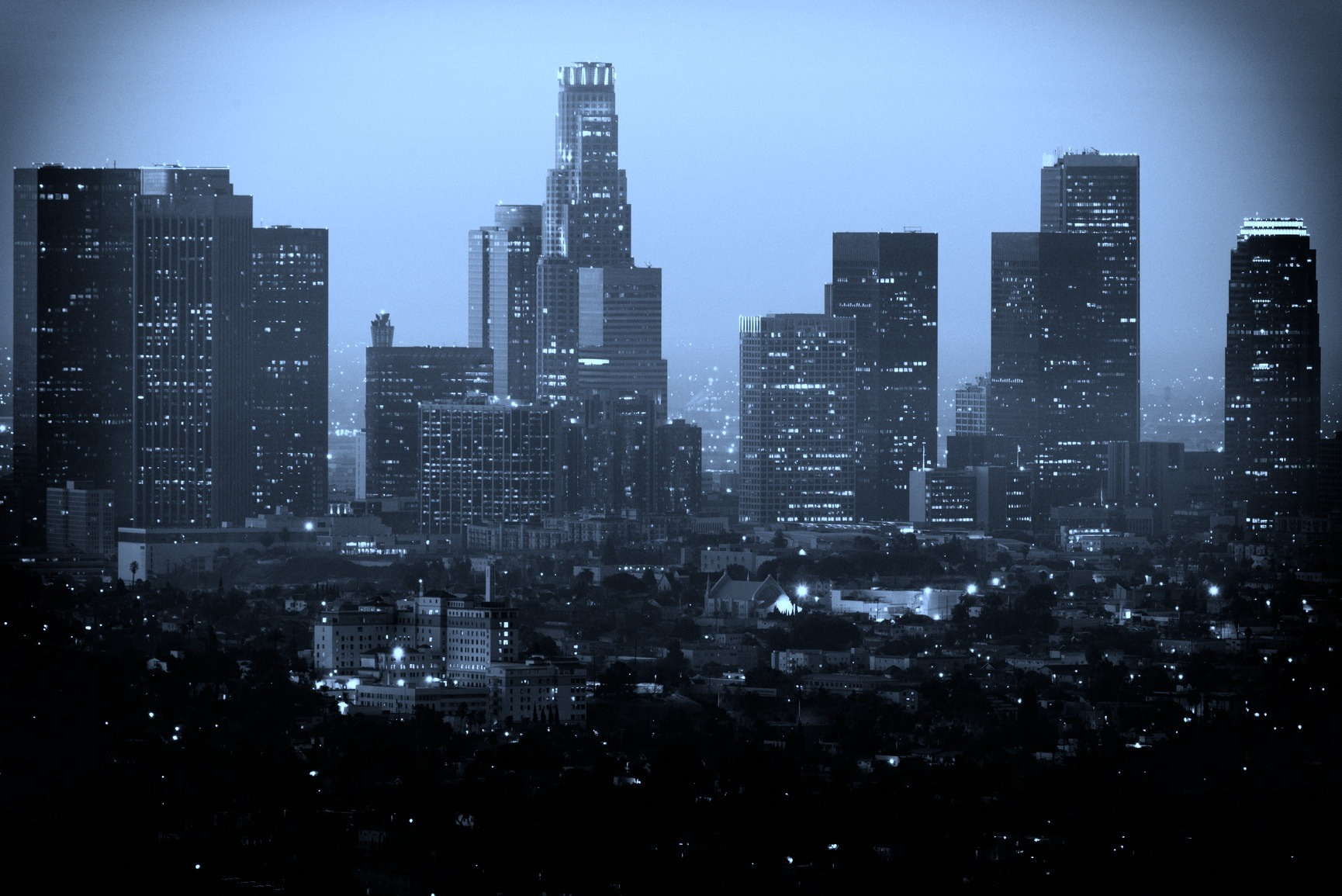 BW-Version-photodune-6516855-downtown-los-angeles-as-seen-from-the-griffith-observatory-m