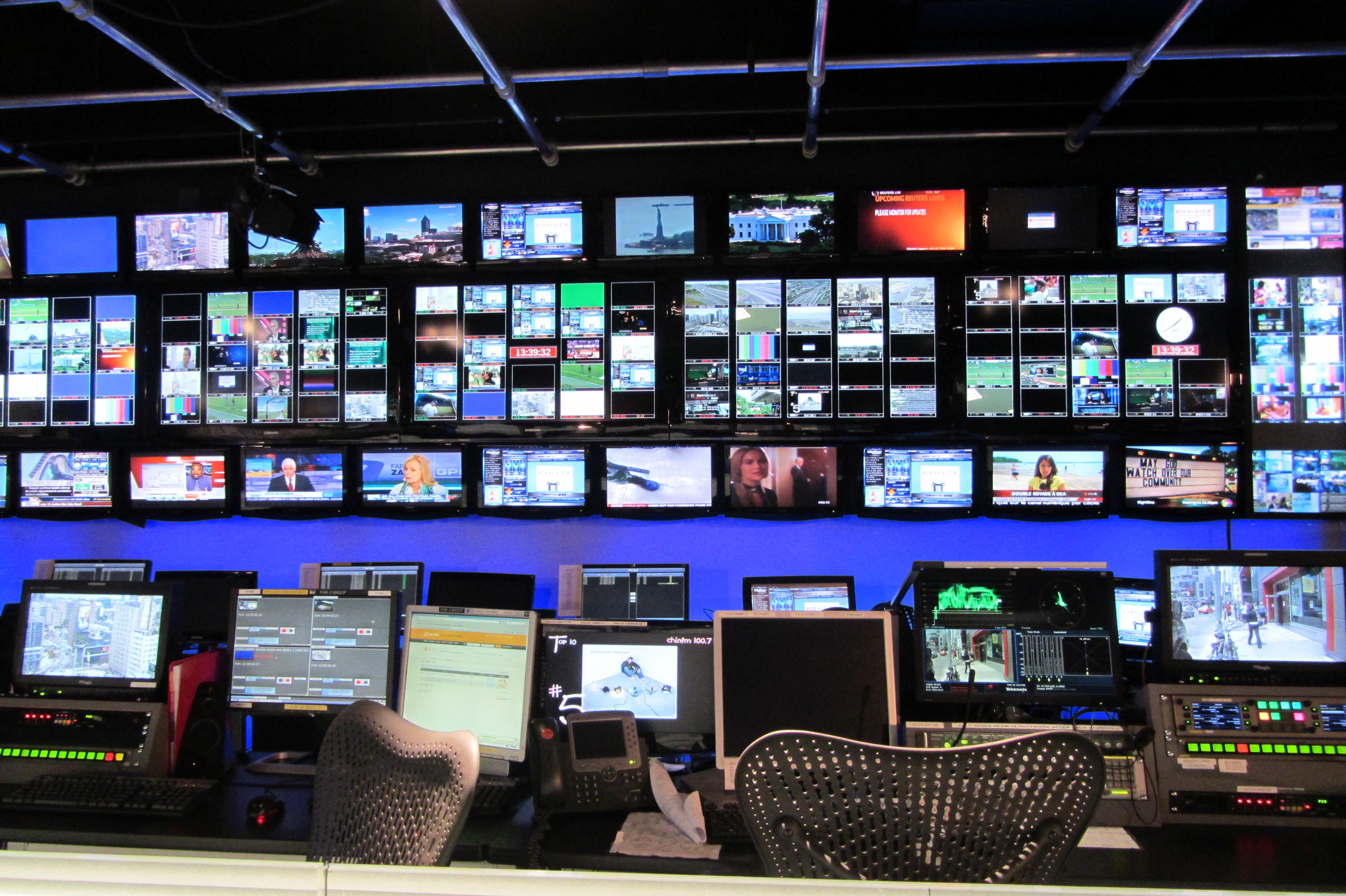 CC_tv_control_room